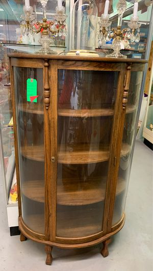 Curved Front Oak Curio Cabinet for Sale in Mesa, AZ