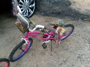 Dynacraft Next Girl's Girl Talk Bike for Sale in Houston, TX