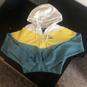Cropped Nike Sweatershirt / Hoodie for Sale in Denver, CO