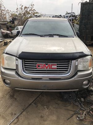 2002 GMC Envoy (PARTS ONLY) for Sale in Bakersfield, CA