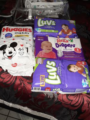 Size 1 diapers. Huggies bag is open, I only used like 6. for Sale in Los Angeles, CA