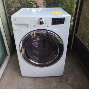 (Kinmore electric) Front load washer for Sale in Houston, TX