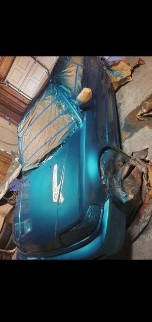HATCHBACK HONDA 93 AUTO BODY PARTS for Sale in San Bernardino, CA