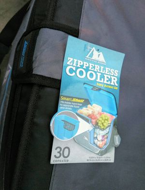 Cooler 30 cans capacity Zipperless Portable with Shoulder Straps, used couple of times for Sale in New Canaan, CT