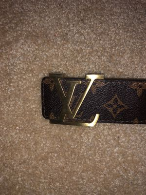 Louis Vuitton brown belt with gold buckle for Sale in Clarksburg, MD