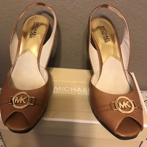 Mk Zapatos for Sale in Long Beach, CA