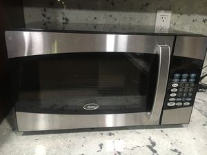 Microwave, Oster for Sale in Pomona, CA