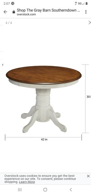 42 Inch Round kitchen Table (NEW) for Sale in Lakewood, CA