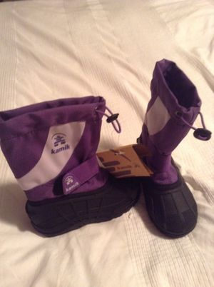 Kids snow boots size 10 for Sale in Miami, FL