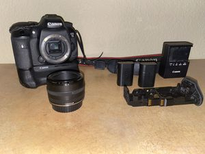 Canon 7D Mark II DSLR Digital Body with Battery Grip BG-E16 and EF 50mm lens for Sale in Aurora, CO