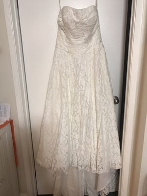 Galina wedding dress from David's Bridal for Sale in Cupertino, CA
