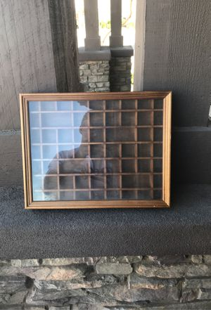 Collectible holding case.... for Sale in Litchfield Park, AZ