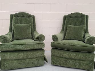 Vintage Modern Retro 70s Olive Green Wingback Chairs for Sale in Huntington Beach,  CA