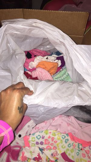 Baby girl clothes lot NB & 0-3 month for Sale in Detroit, MI