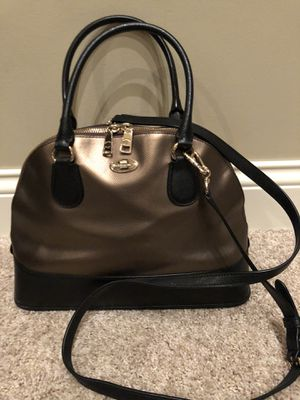 Coach Black and Gold Purse for Sale in New Lenox, IL