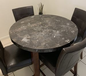 Marble kitchen table for Sale in Clovis, CA