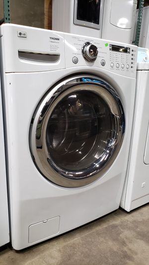 LG STEAM FRONT LOAD HE WASHER for Sale in Moreno Valley, CA