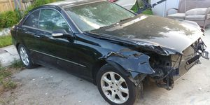 Parting out Mercedes CLK320 Black on Black for Sale in Hollywood, FL
