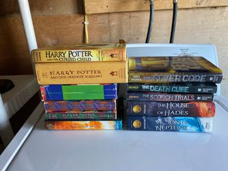 Various Teen Books for Sale in Fairmont,  WV