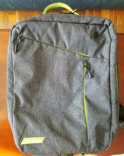 Large Backpack (converts into messenger bag) for Sale in Fort Washington,  MD