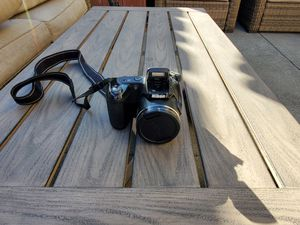 Nikon Coolpix L810 digital camera w/ Carrying Case for Sale in Vacaville, CA