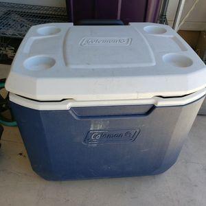 Coleman 50-quart rolling cooler for Sale in Scottsdale, AZ