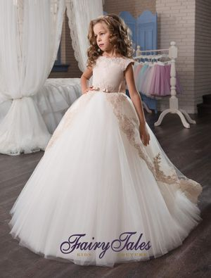 Fairytales Kids Couture Collection for Sale in Prospect Heights, IL