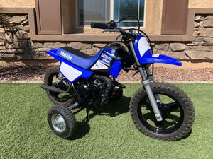 2017 YAMAHA PW50 with Training Wheels for Sale in Peoria, AZ