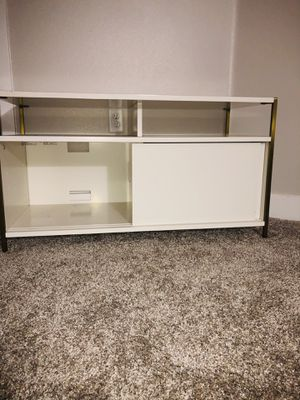 Modern contemporary wade Logan tv stand/drawer for Sale in Arvada, CO