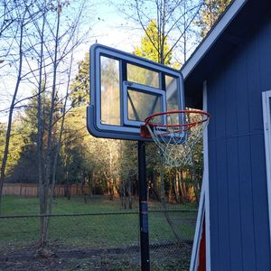Basketball Hoop for Sale in Port Orchard, WA