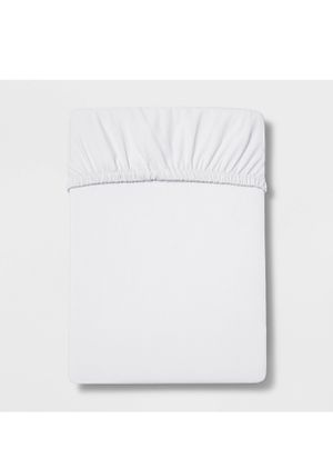 twin 300 thread count ultra soft fitted sheet white- threshold for Sale in El Monte, CA