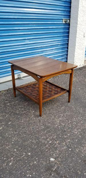 Vintage Lane Alta Vista Mid Century side table. Style no 972-05. for Sale in Phoenix, AZ