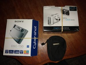 2 digital cameras for trade for Sale in Newberg, OR