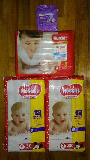 Huggies diapers sz 2 &3 for Sale in Warren, MI