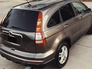 FOR SALE HONDA CRV 2010 AUTOMATIC TRANSMISSION 4 DOORS for Sale in Arlington, TX