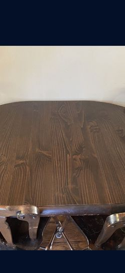 Kitchen Dining Room Table for Sale in Orange,  CA