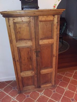 Antique pie cabinet for Sale in Lake Worth, FL