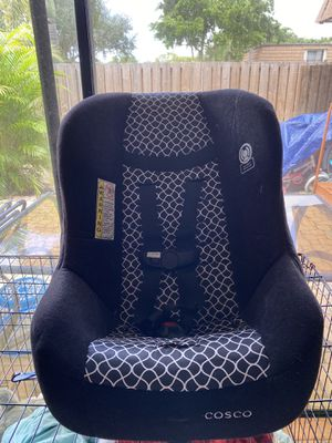 Cosco car seat for Sale in Fort Lauderdale, FL