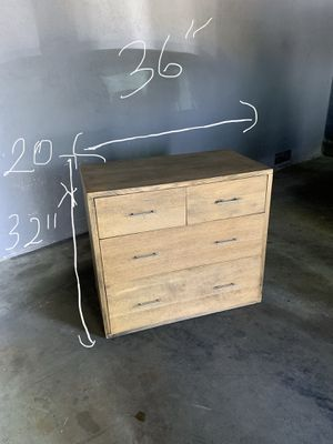 Dresser/ tv stand for Sale in Oakland, CA