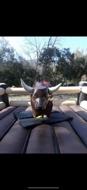 Rento sillas mesas carpas toro mecánico y mucho más for Sale in El Monte, CA