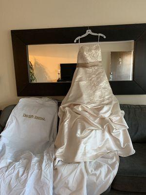 David's Bridal wedding dress size 10 for Sale in Fremont, CA