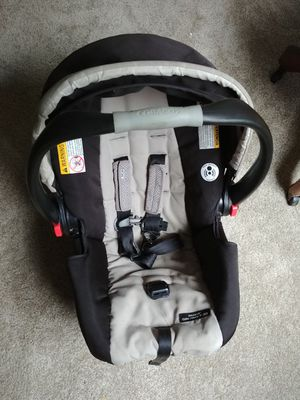 Baby car seat graco for Sale in Seattle, WA