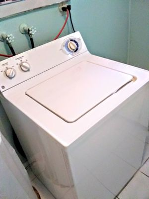 Almost brand new washer dryer combo must go moving into apartment don't need a washer and dryer 400 for the pair first come first serve for Sale in Miramar, FL