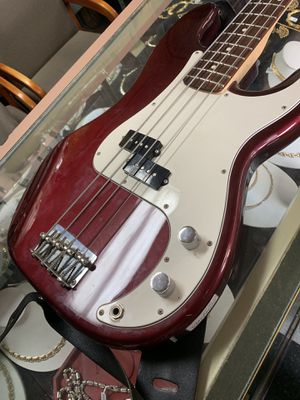 Fender Precision Bass (mexi standard) for Sale in Los Angeles, CA