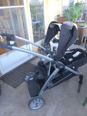 Chicco Double Stroller for Sale in Austin, TX