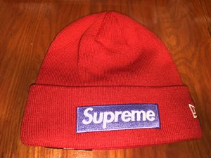 Supreme Box Logo Beanie Hat FW17 Red World Famous New Era for Sale in NO POTOMAC, MD