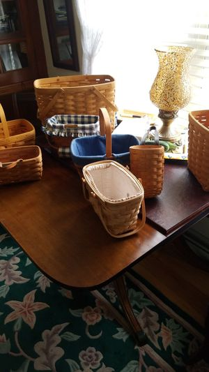 6.small Longaberger baskets. lg one not included for Sale in Beaver Falls, PA