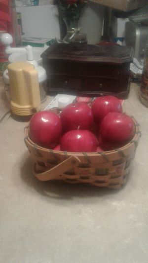 Country decoration Apple's in a basket for Sale in Lock Haven, PA
