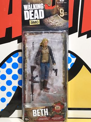 McFARLANE TOYS AMC THE WALKING DEAD SERIES 9 BETH ACTION FIGURE for Sale in Hesperia, CA
