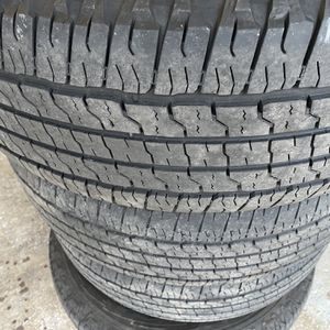 Tires 256/65r18 for Sale in Arlington, TX